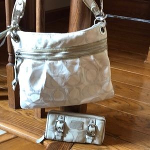 Coach cream-color purse with matching wallet